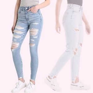 American Eagle Light Blue Wash Ripped High Waisted Skinny Jeans